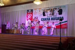 Meriah : Puncak HUT Ke-32 Rumah Sakit Cakra Husada Klaten dengan mengusung tema We Are The Winner